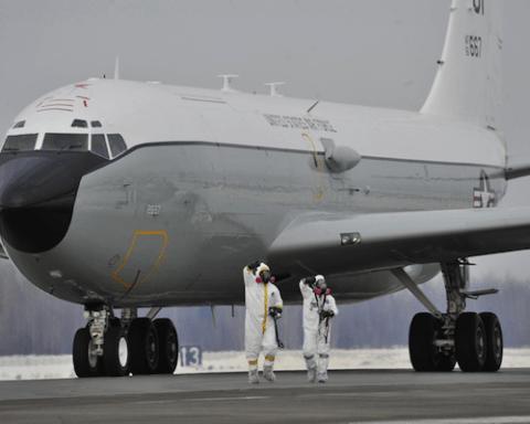 Image WC-135 Constant Phoenix USAF