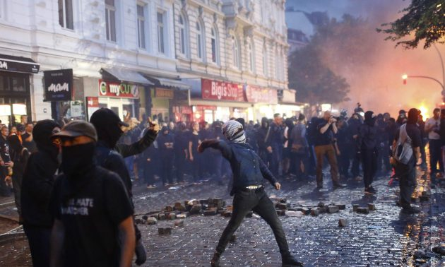 Image protesters G20