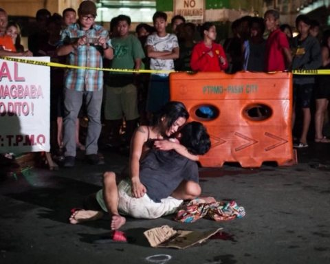 Image Bloodiest week in the Philippines' War on Drugs