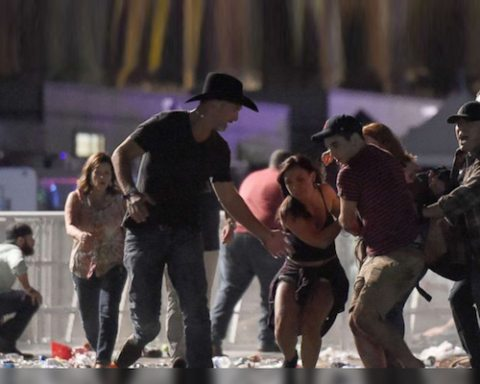 Image From Las Vegas shooting emerges everyday heroes, 'Combat Veterans'