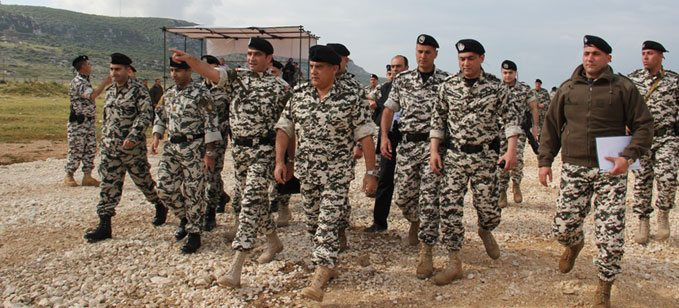 Image Abbas Ibrahim (center), Major-General, General Director of the General Directorate of General Security