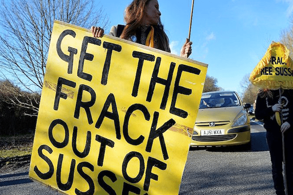 Image Fracking, BREXIT and an oil and gas shale bonanza [Lima Charlie News][Image: Ben Stansall/AFP]