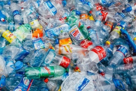 Image America's obsession with plastic [Lima Charlie News]