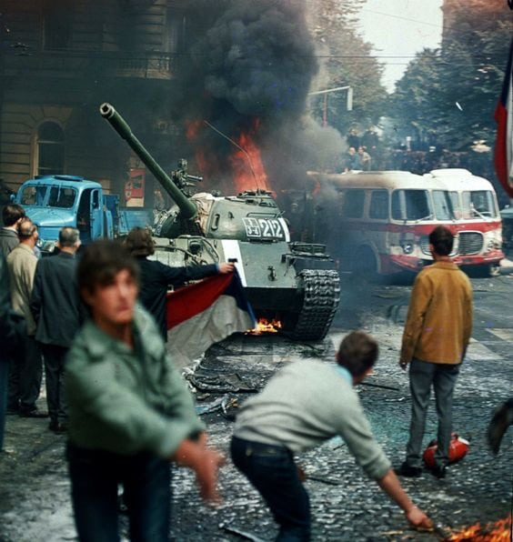 Image Prague residents attempted to stop a Soviet tank in 1968. [Credit Libor Hajsky / AFP]