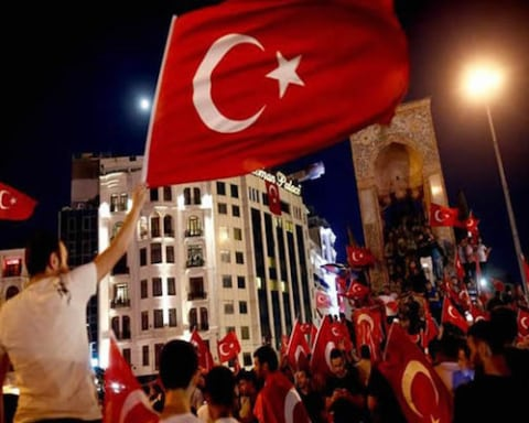 Image The Night Turkey's Democracy Died on a Bridge of Martyrs [Lima Charlie News]