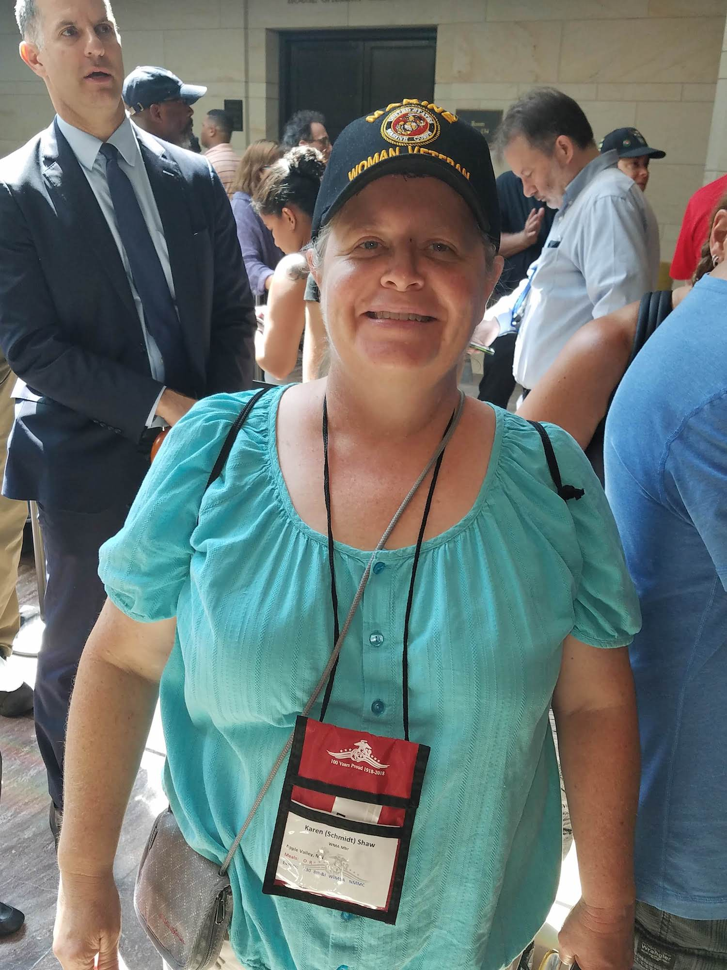 Image [U.S. Marine veteran Karen Shaw, at the wake of Senator John McCain, August 31, 2018]